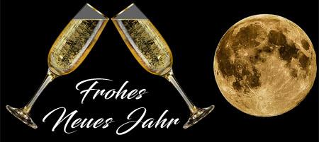 Champagner bei Vollmond zum neuen Jahr