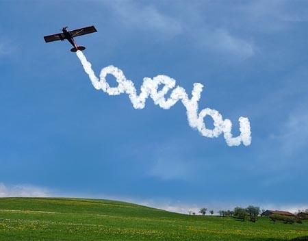 Flugzeug schreibt
